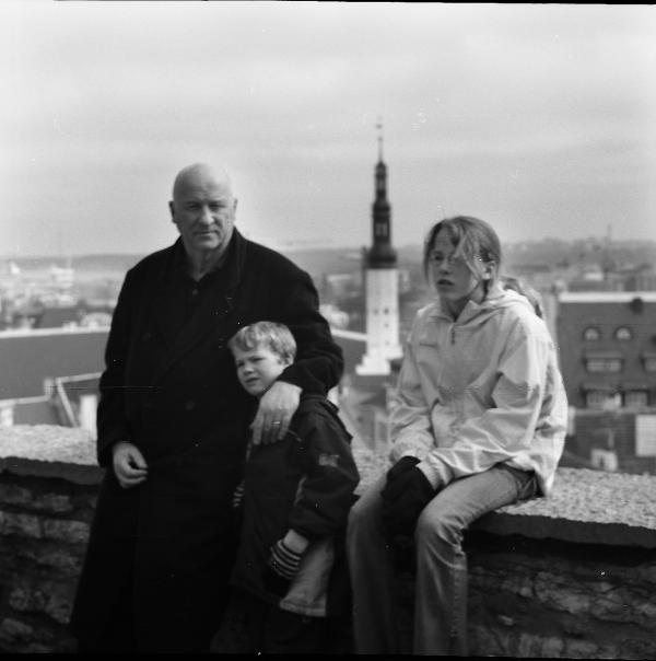 family Tallinn (on hill)